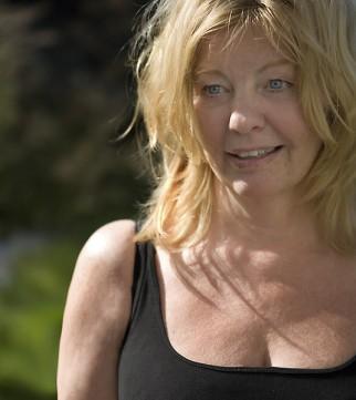 Download Sisanda Nilsson - Indlela